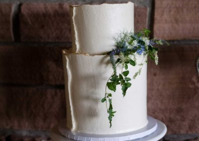 Wisehart Springs Inn Wedding Cake